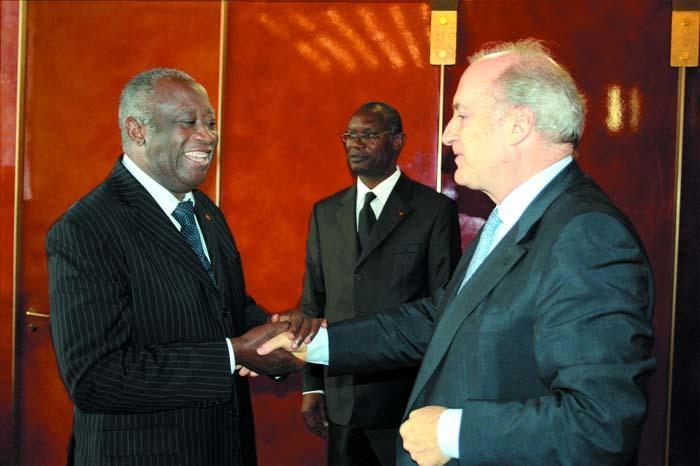 védrine-gbagbo.jpg