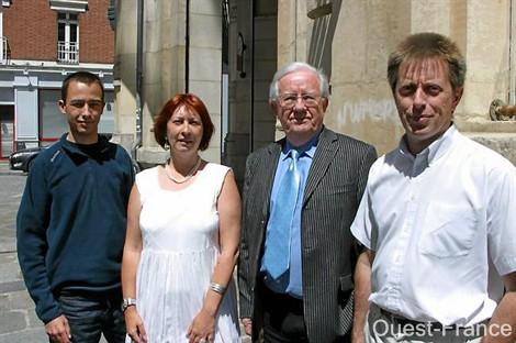 - Jacques Patenet directeur du GEIPAN part en retraite. Jacques-patenet_ouestfrance